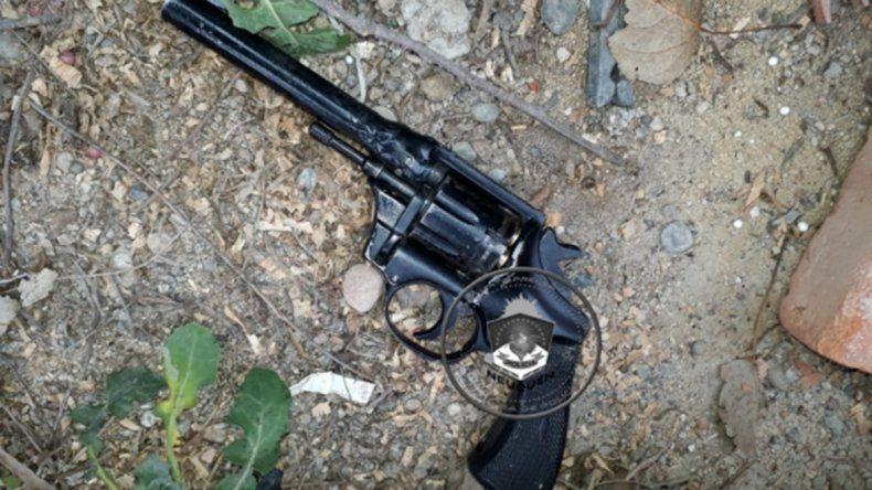 Valentina Sur: secuestraron un arma de fuego y demoraron a un joven