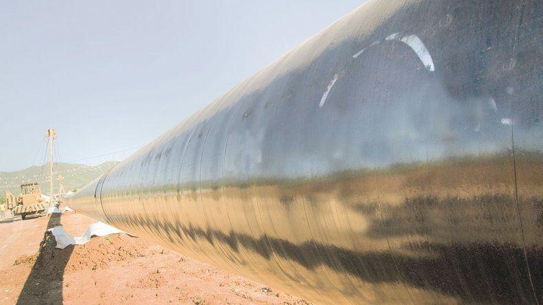 Se debate en Añelo el tendido de un oleoducto de YPF