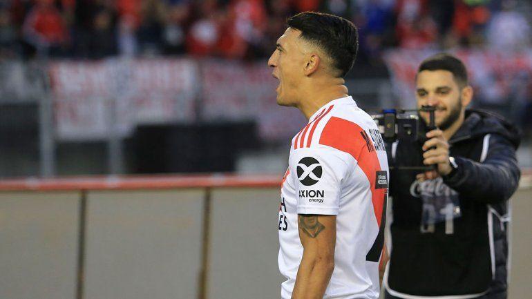 Matías Suárez se rinde a los pies del Muñeco: Es un loco del fútbol