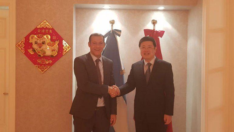 Gutiérrez se reunió con el embajador de China y acordaron un encuentro con empresarios