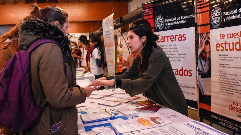 Abre la Expo Vocacional en el Duam