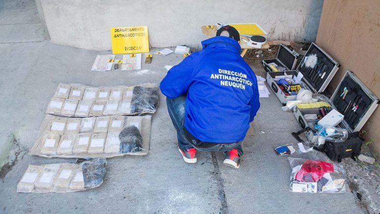 Tras varios allanamientos, secuestraron 25 kilos de droga