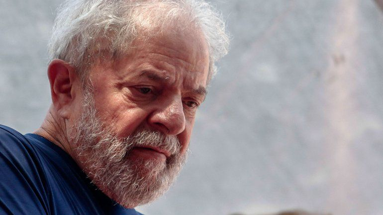 Cancelaron a último momento el traslado de Lula a una cárcel común