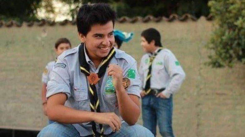 Matan de 85 puntazos a un boy scout chileno por celos