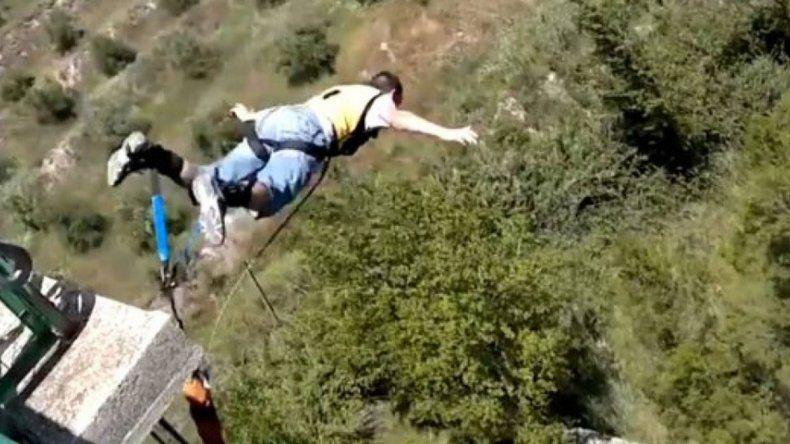Un youtuber se mató al no abrir el paracaídas
