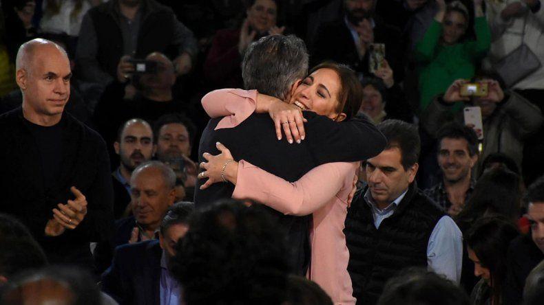 Macri y Vidal, con lágrimas: No nos suelten la mano