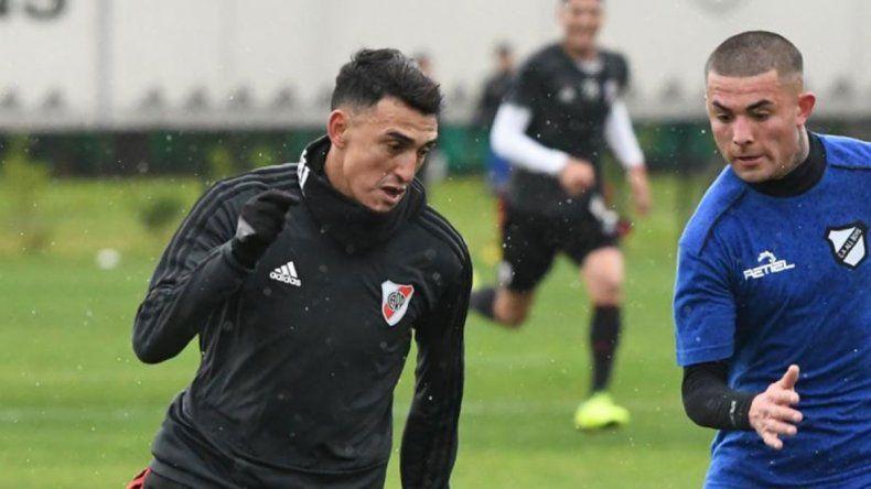 Suárez metió 3 en un amistoso y pide pista para Cerro