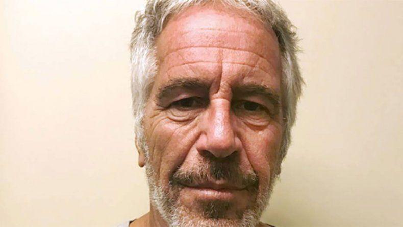 Magnate amigo de Trump y acusado de abusar de menores se suicidó en la cárcel