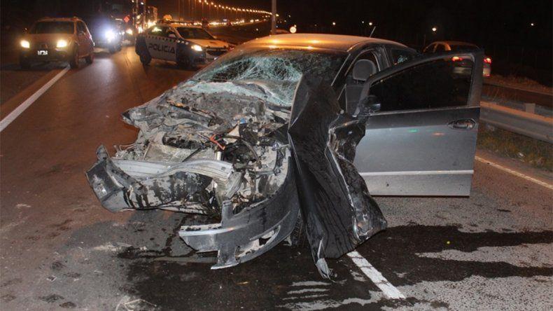 Un violento choque en la Ruta 7 dejó a una persona herida