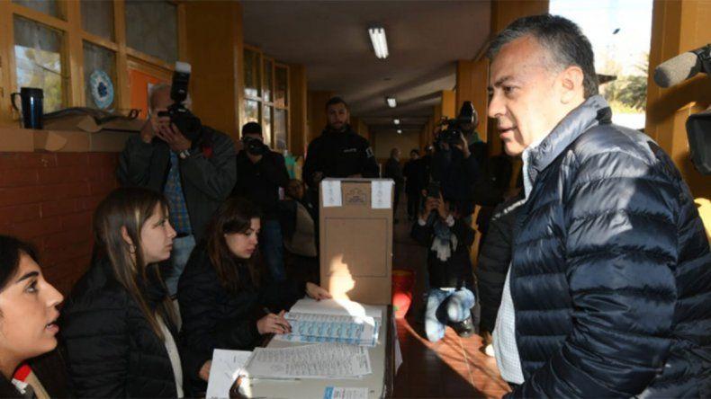 Todas las perlitas de las PASO: desde el Gobernador que se olvidó el DNI a la agresión a un candidato