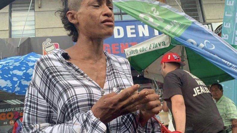 Bailaba con Jennifer López y hoy mendiga en la calle