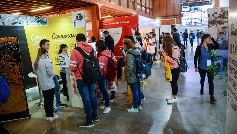 Expo Vocacional: Psicología, Ingeniería y Abogacía, las más elegidas