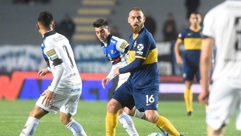 El gol de De Rossi no fue suficiente y Boca cayó por penales ante Almagro