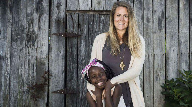 Acusan a una voluntaria por la muerte de 105 niños