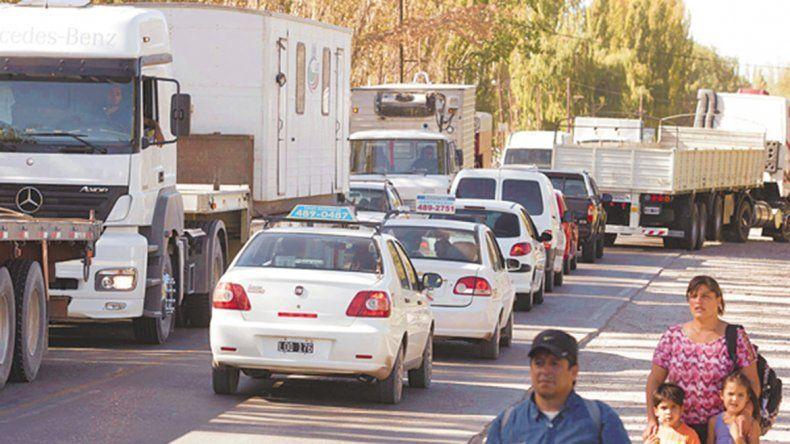 Estudian construir una ruta desde Cordero hacia Añelo para desviar el tránsito pesado