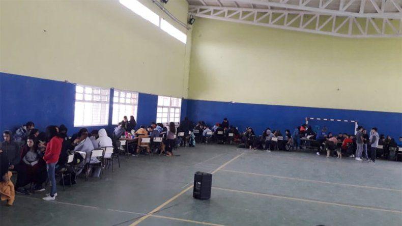 Alumnos de la EPET 18 reclaman contra la reforma educativa y por infraestructura