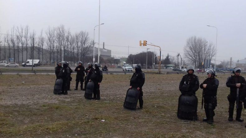 Obreros de la UOCRA levantaron el corte de la Ruta 7