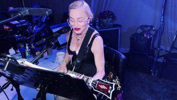 la reina del pop festejo sus 61 anos con mucho ensayo