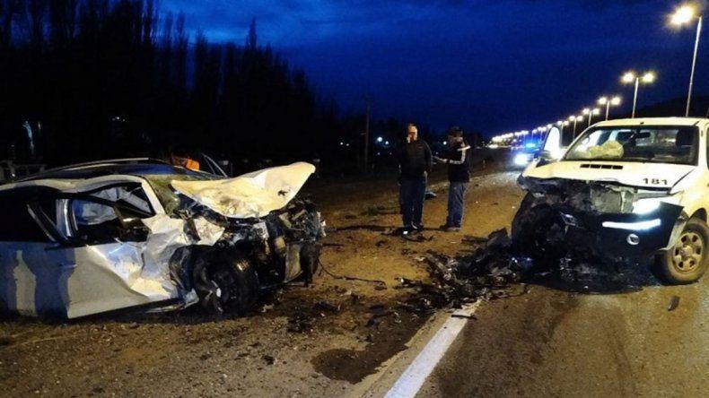 Terrible choque frontal en Ruta 7 dejó a un joven herido