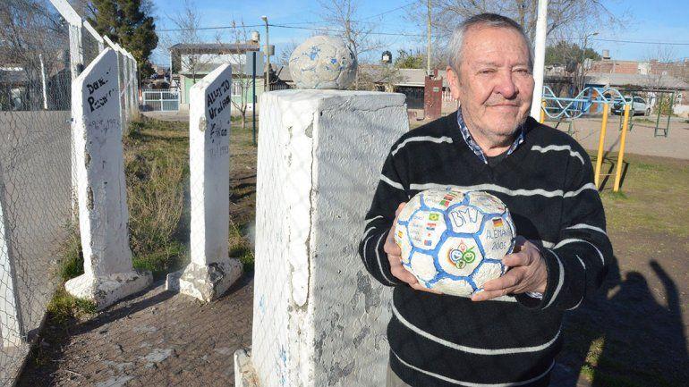 En Ceferino, la pelota tiene a su escultor