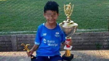 el sobrino de famoso futbolista recibio un disparo mientras jugaba