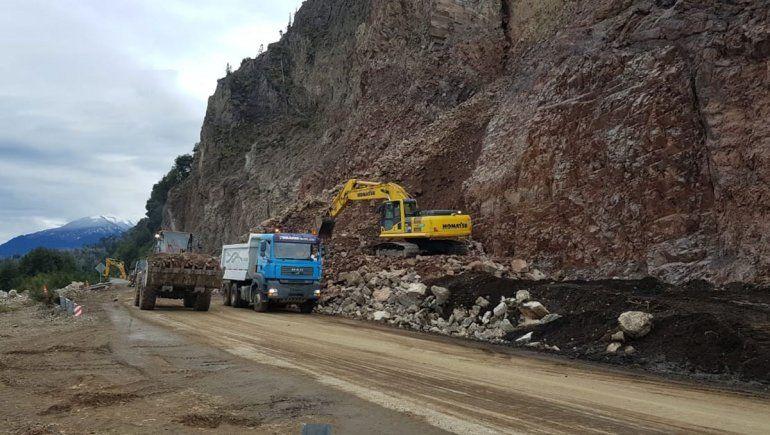 Ruta 40: hoy por la tarde rehabilitan la calzada entre La Angostura y Bariloche