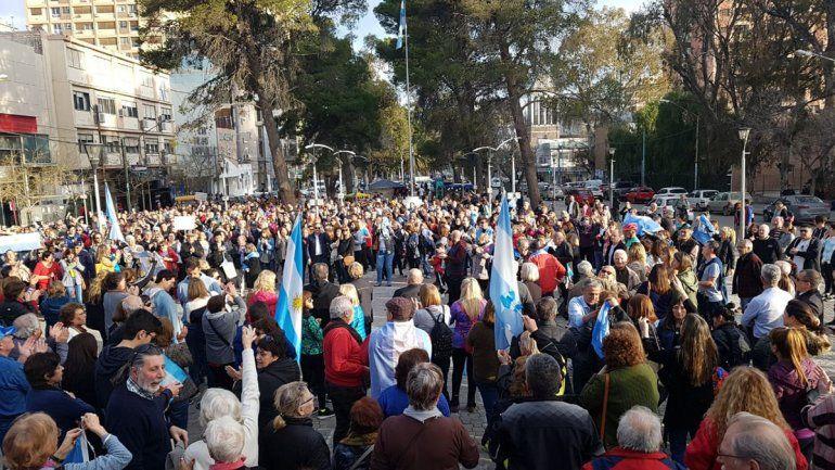 Como en el país, Neuquén tuvo su marcha #24A