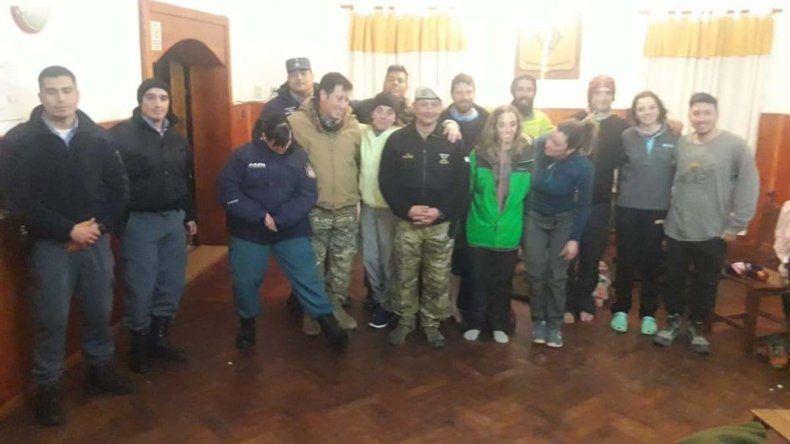 Primeros Pinos: el grupo de trekking se desorientó por un temporal de nieve