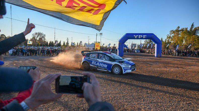 Show de piruetas y derrapes anticipó el Rally Argentino