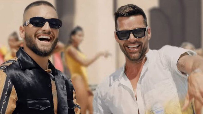 Maluma y Ricky Martin estrenaron No se me quita