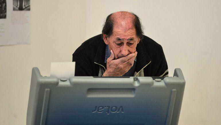 Cerraron los comicios en Plottier y Rincón: se esperan los resultados cerca de las 19