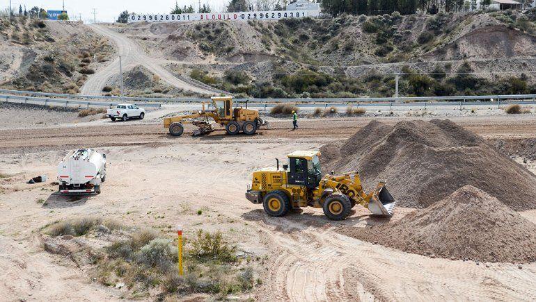 Con los rulos a medias, Nación promete una autopista que llegará a Huincul