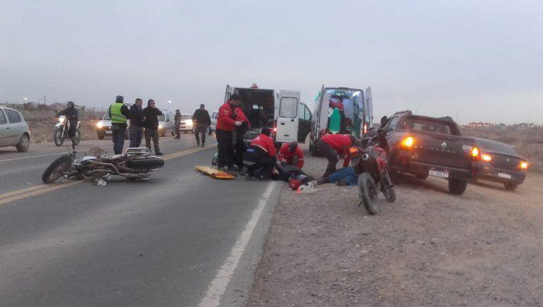 Tres hombres heridos tras un choque frontal entre dos motos en la Autovía Norte