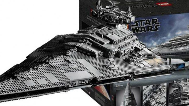 LEGO presenta su Star Destroyer del Episodio IV de Star Wars