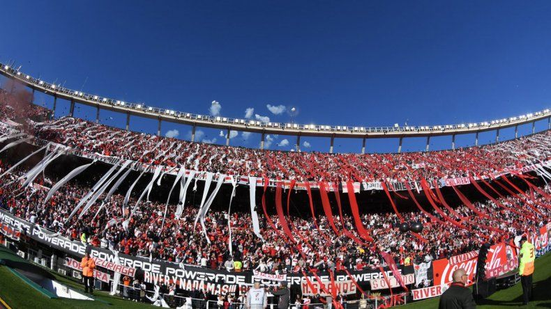 River queda cada vez más solo en la puja por el inicio de la Superliga