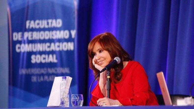 CFK: Aplicar una política neoliberal termina en crisis