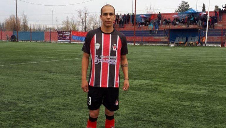 El Topo Retamal, ex Central, debutó con gol en Sapere