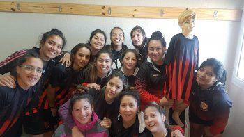 futbol femenino: petrolero, firme y hubo sorpresas