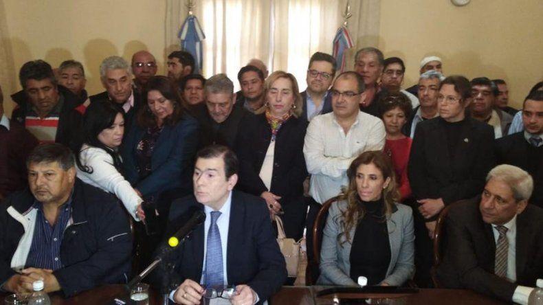 Pagarán un bono de 8 mil y otro de 10 mil a estatales de Santiago del Estero