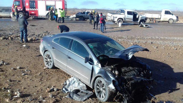 Tres personas resultaron heridas en un choque entre un auto y una camioneta en Autovía Norte