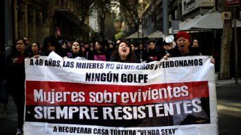 chilenas visibilizan los abusos sexuales de la dictadura