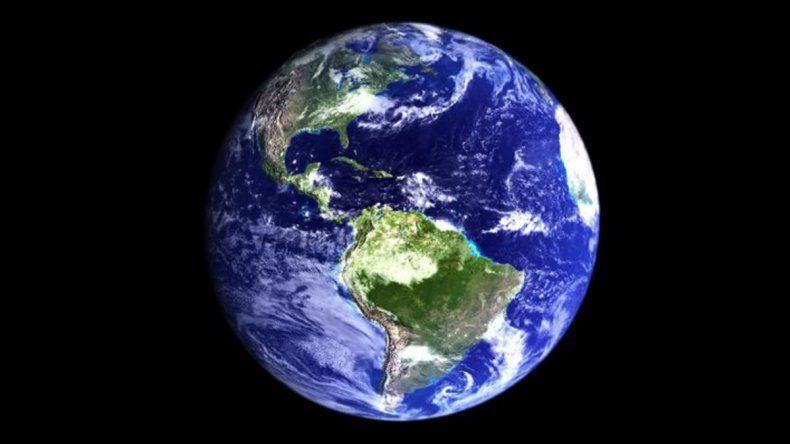 Primero fue el Terraplanismo, ahora llegó la conspiración de la Tierra hueca