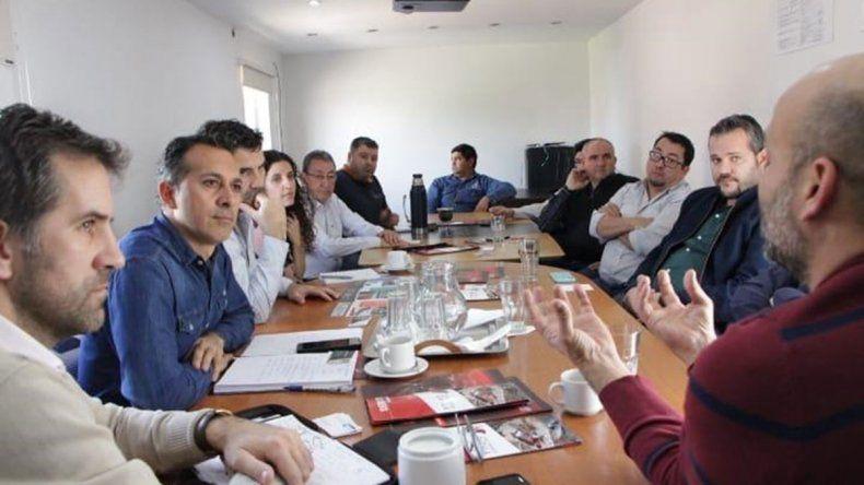 Zúñiga se reunió con médicos y el sector pyme
