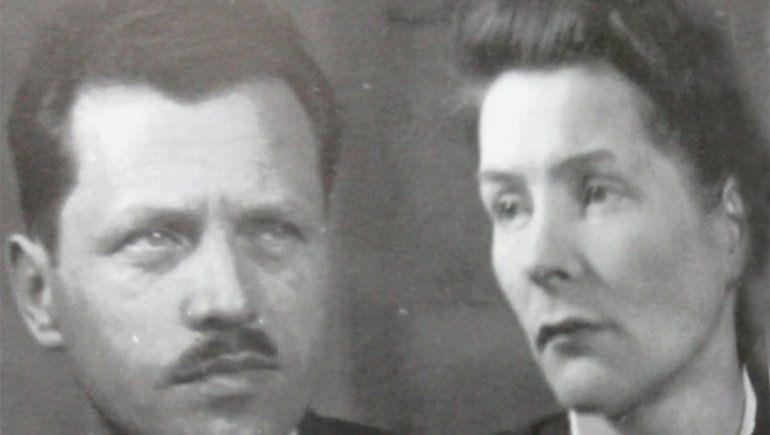 Epígrafe: Ricardo junto a su esposa Krystyna.