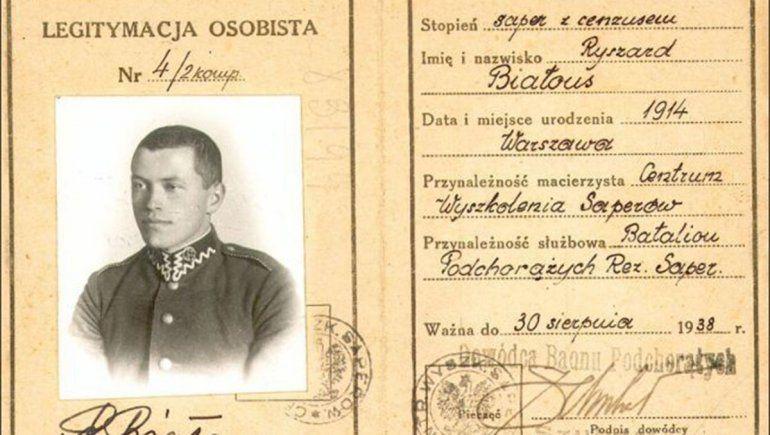 Apenas terminó sus estudios, Ricardo Bialous fue convocado para el servicio militar.