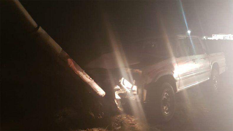 Manejaba borracho y chocó contra un poste en la Autovía Norte
