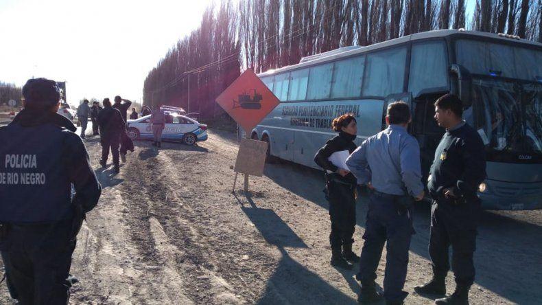 Increíble fuga de nueve presos que eran trasladados por la Ruta 22