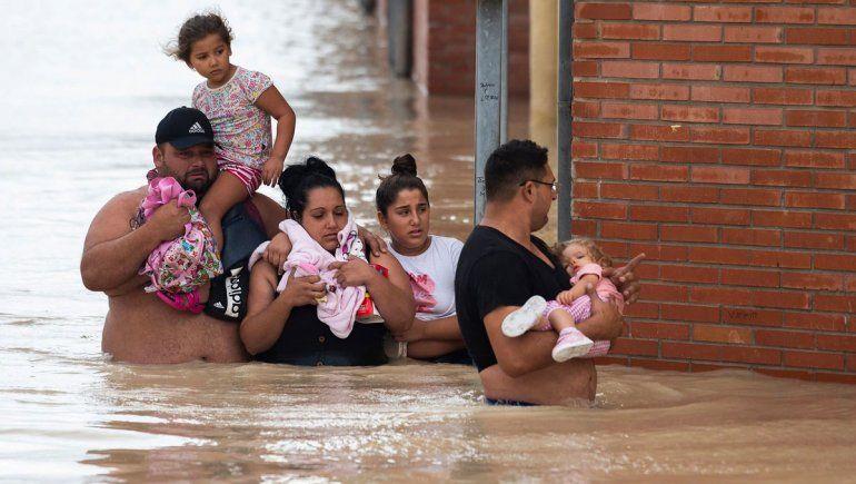 Más de 1700 personas evacuadas en España