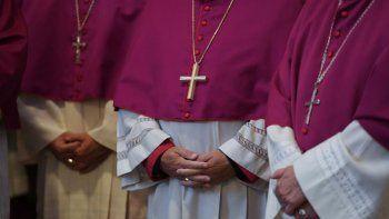 estados unidos: acusaron por abuso a mas de setenta sacerdotes