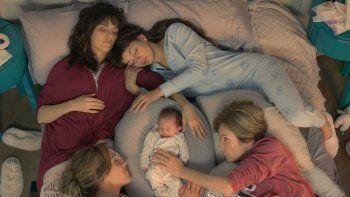 maternidad, diversidad y polemica, los ejes de la nueva tira de telefe: pequena victoria